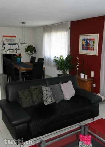 4 1/2 Zimmer-Wohnung im sonnigen Maienfeld