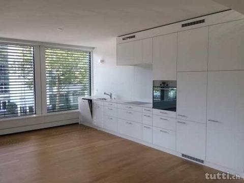 Stadt  - 2 1/2 Zimmer-Wohnung/Office an be