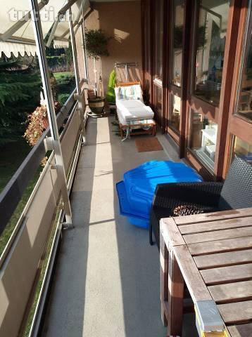 Sonnige Wohnung mit Sicht auf Grünflächen