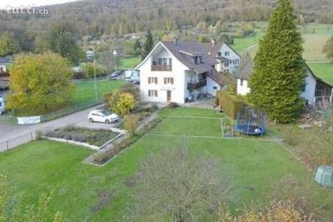 Dreifamilienhaus an ruhiger naturnaher Lage